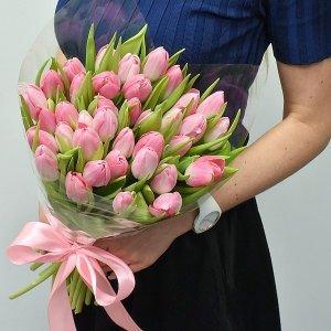Rožinių tulpių puokštė