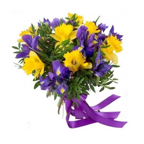 Narcizų ir irisų puokštė
