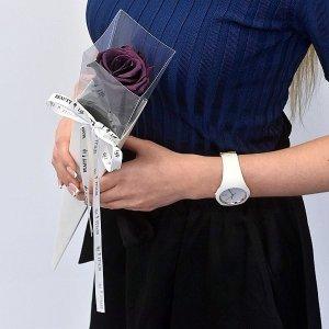 Stabilizuota violetinė rožė tūboje