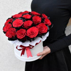 Išskirtinės rožės gėlės dėžutėse