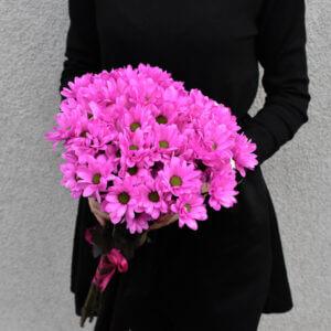 Монохромный букет хризантем для женщин