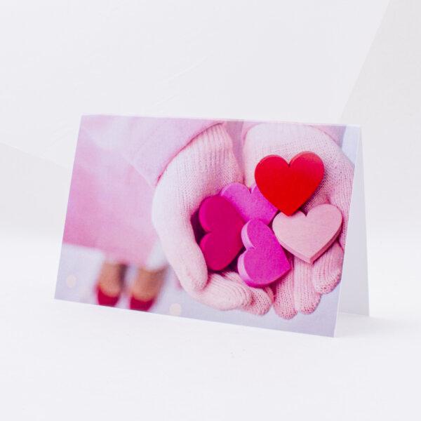 Atvirukas įvairiomis progomis su širdelėmis