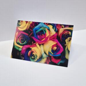Atvirukas spalvotos rožės